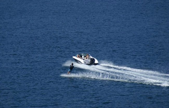 Rae Line 185 C Outboard Boat Review